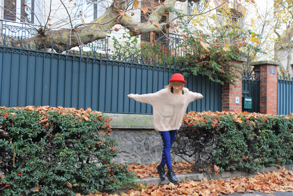 look disco pants bleu et pull oversize
