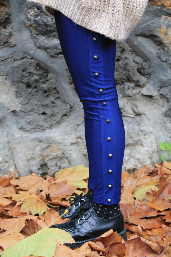legging bleu à clous