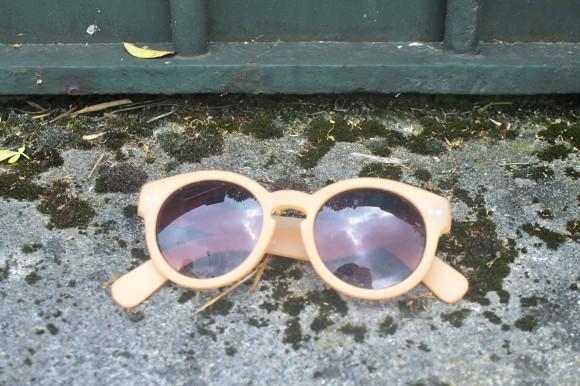 lunette de soleil retro urban outfitters