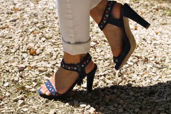 sandales bleues minelli
