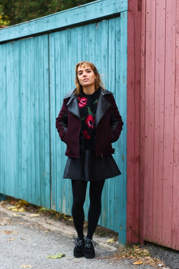 look pull tricot avec roses