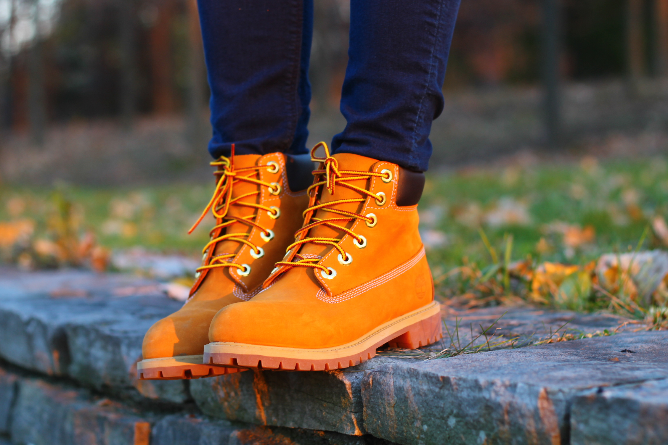 bottine jaune timberland look