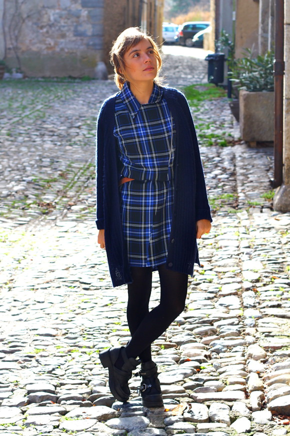 look gilet bleu long