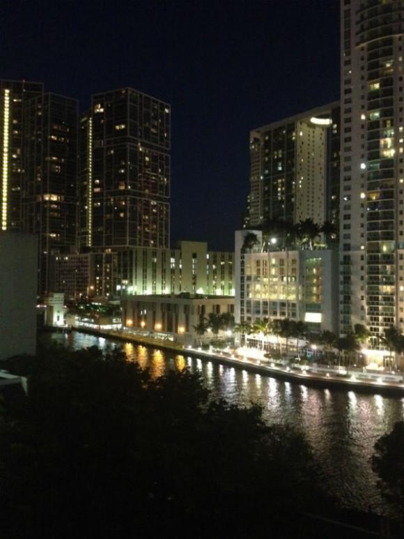 centre ville miami de nuit