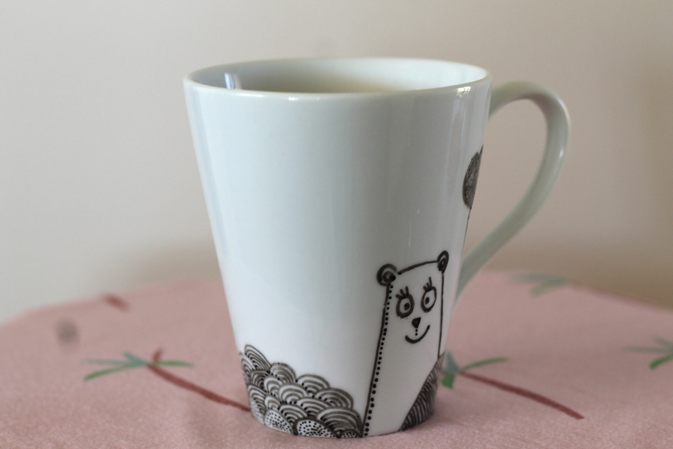 diy 7 les mugs en porcelaine sp4nk blog. Black Bedroom Furniture Sets. Home Design Ideas