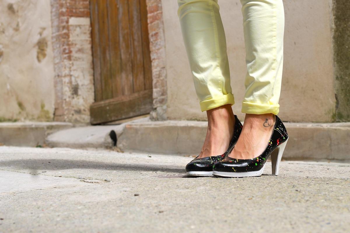 DIY customiser ses chaussures gouttes de peinture