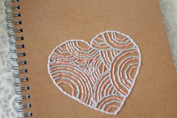 6 bis DIY le carnet brodé - broderie coeur 2:2
