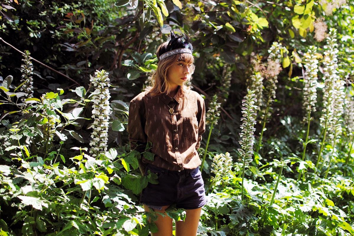 Blog mode paris look chemise marron et short taille haute