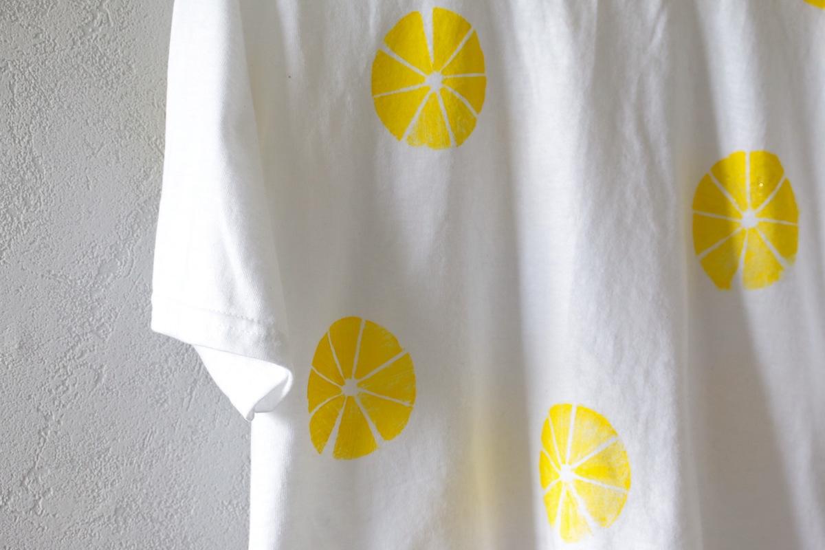 tee shirt avec des citrons