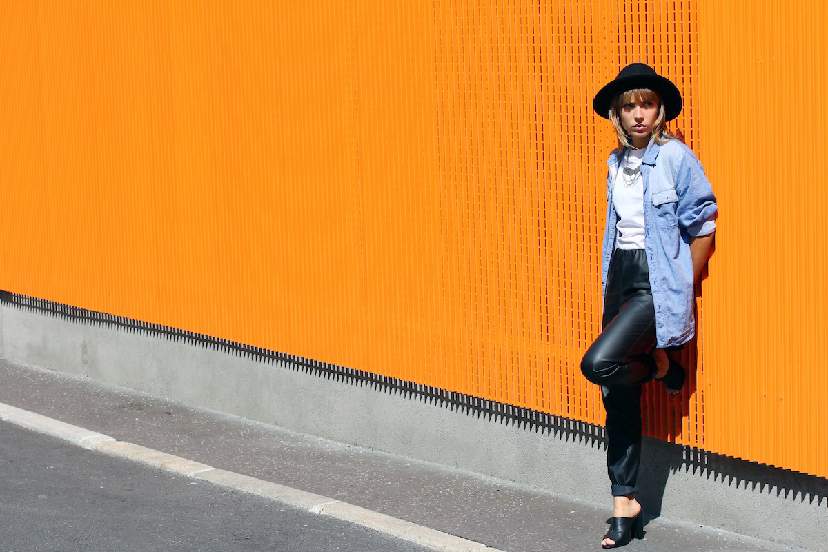 blog mode paris look pantalon cuir et mule