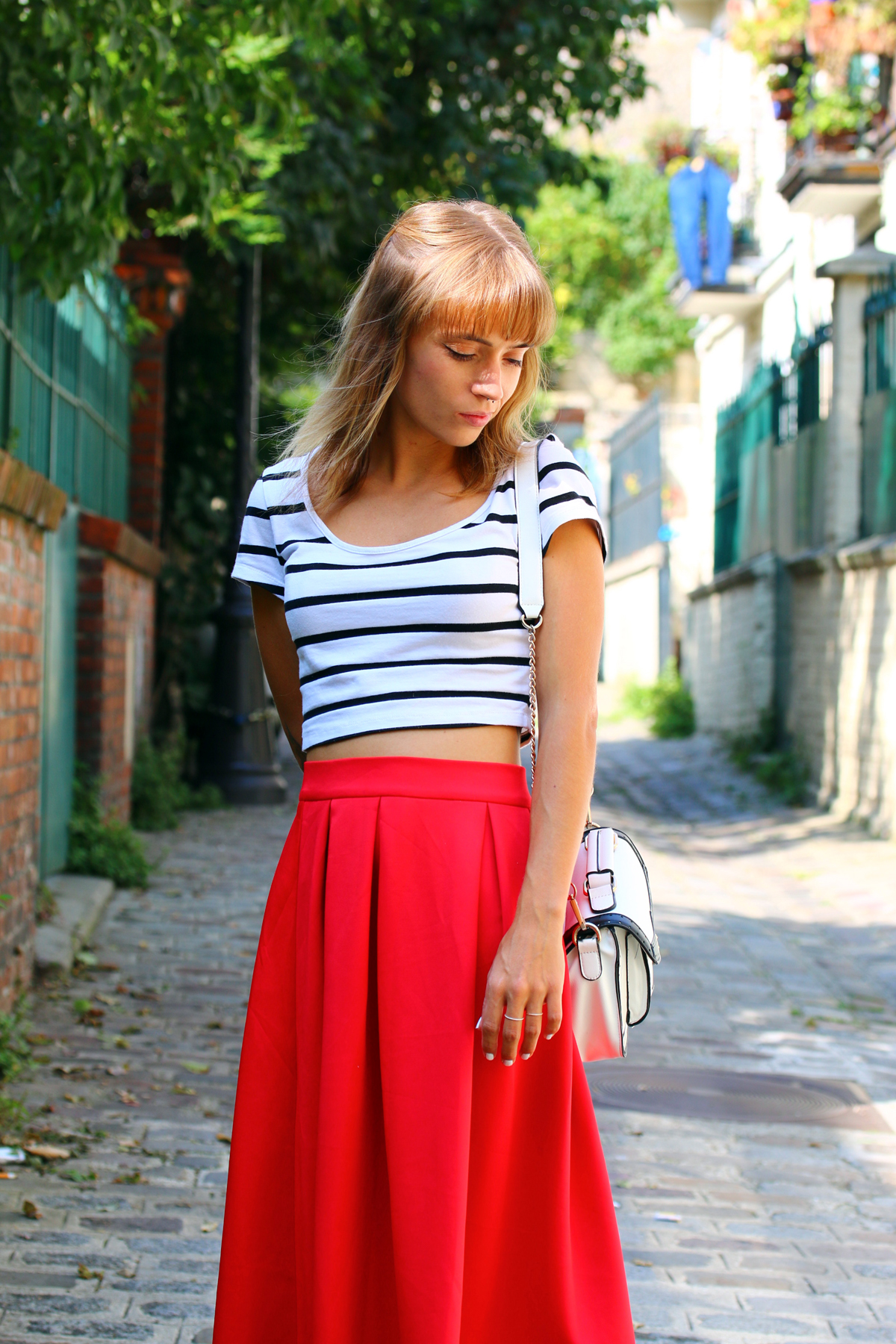 blog mode paris look jupe midi rouge