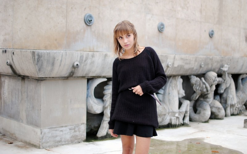 ook pull oversized et jupe patineuse