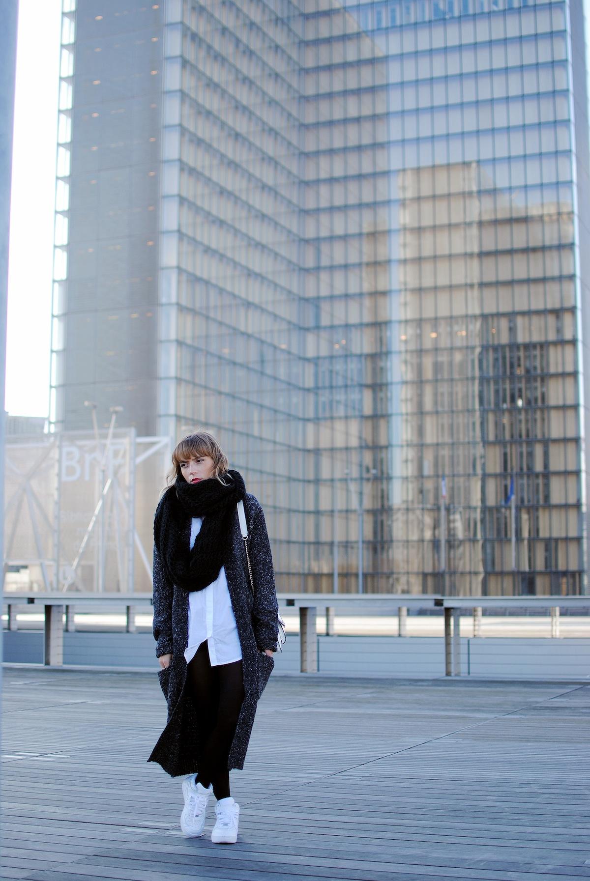 Blog mode paris Look gilet long et chemise blanche