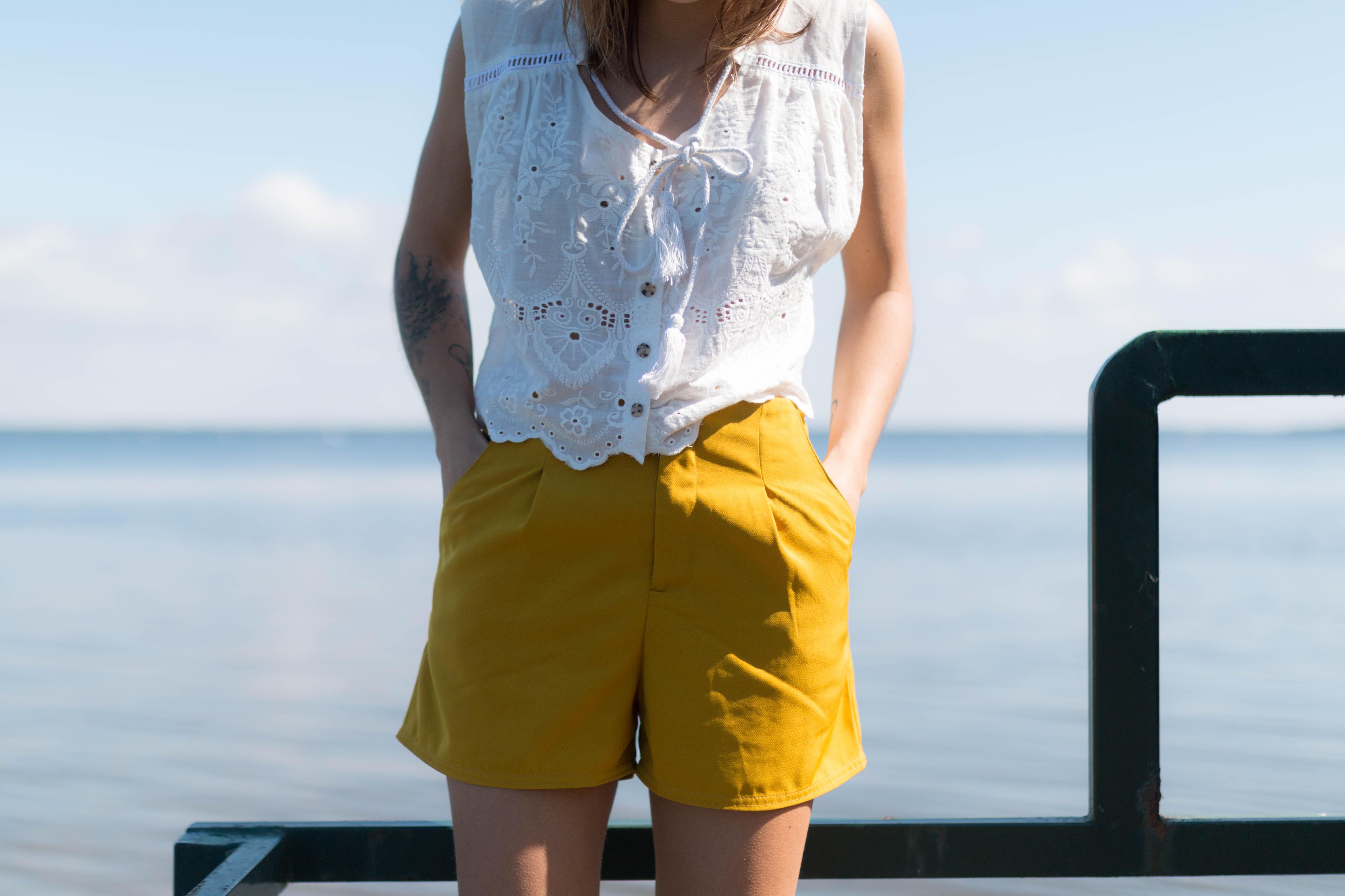 Short taille haute couleur moutarde | SP4NK BLOG