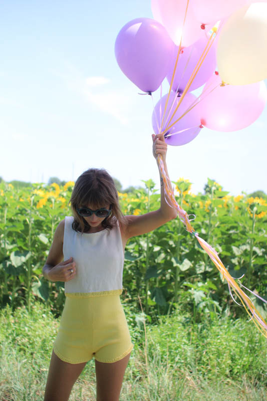 Balloons & sunflower with white and yellow playsuit | SP4NK BLOG