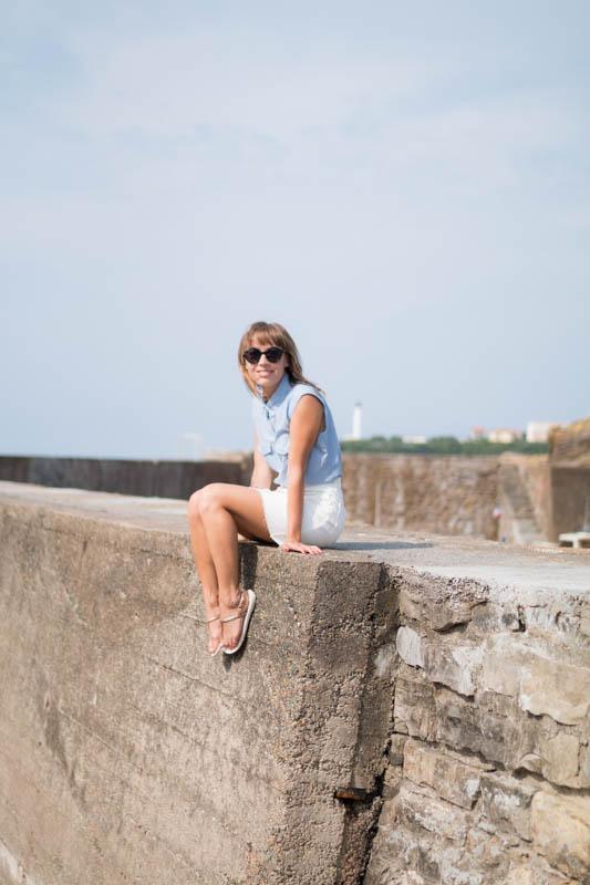 Chemise rayée et jupe trapéze blanche en denim summer time in biarritz | SP4NK BLOG-17
