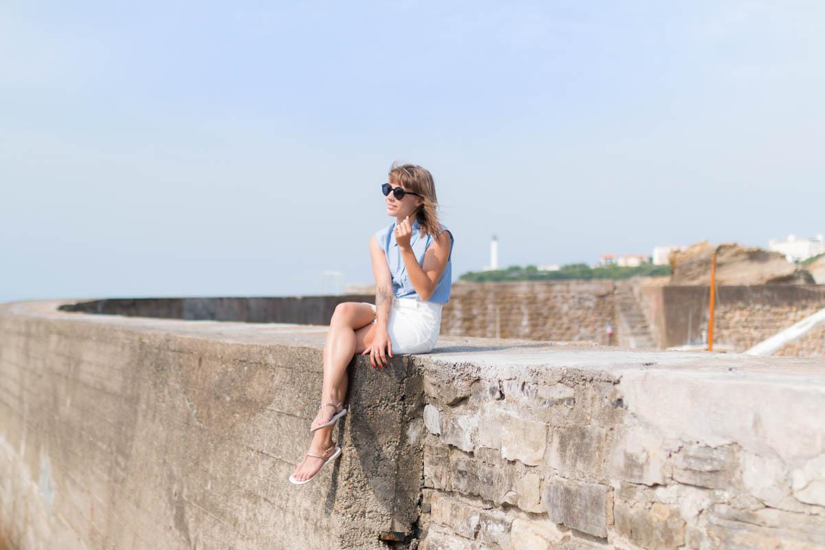 Chemise rayée et jupe trapéze blanche en denim summer time in biarritz | SP4NK BLOG-6