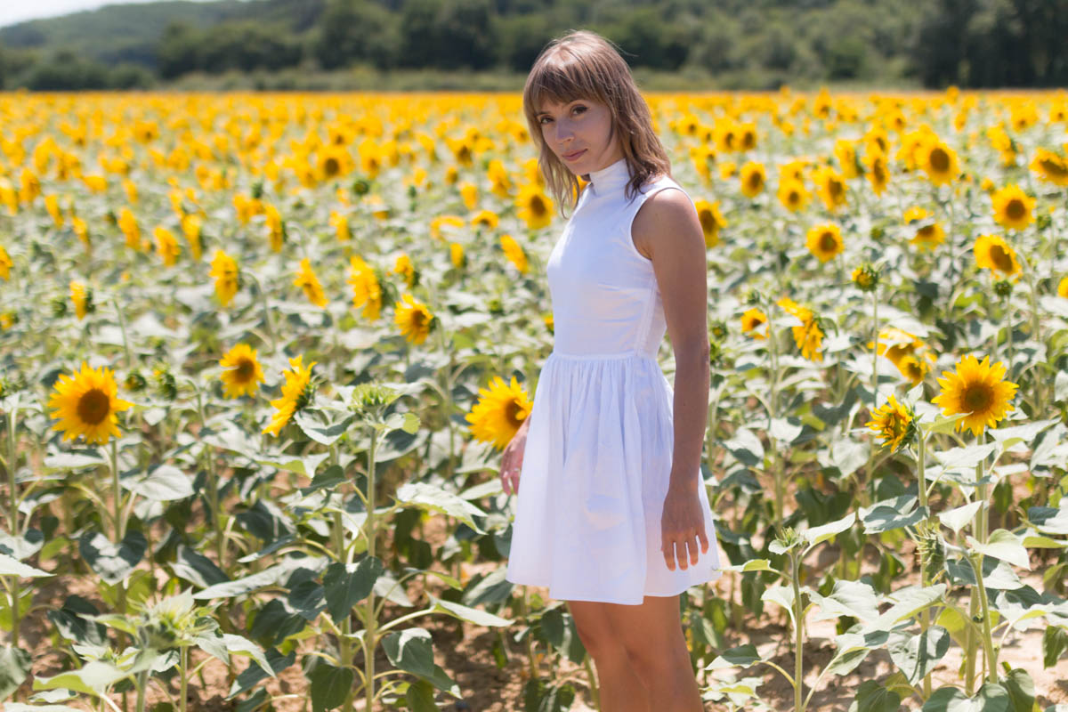 White dress in the sunflowers 3 | SP4NK BLOG