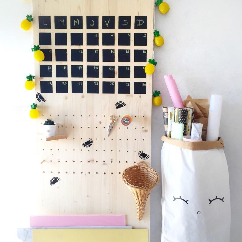 DIY pegboard calendrier tableau noir | SP4NK BLOG