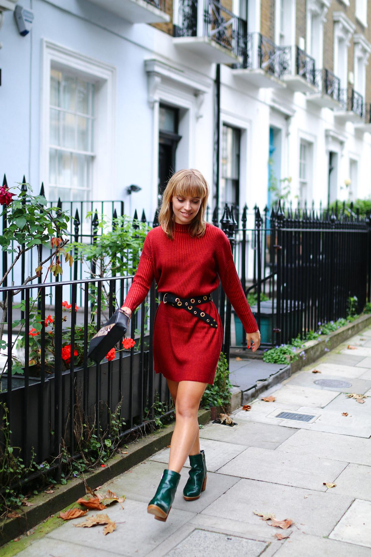 Robe pull rouge et details python I Sp4nkblog-19