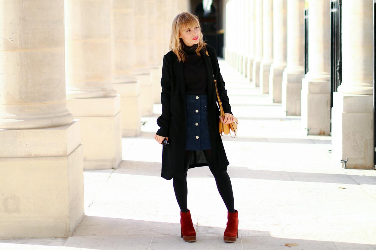 Look Paris jupe en daim et pull col roulé  I Sp4nkblog