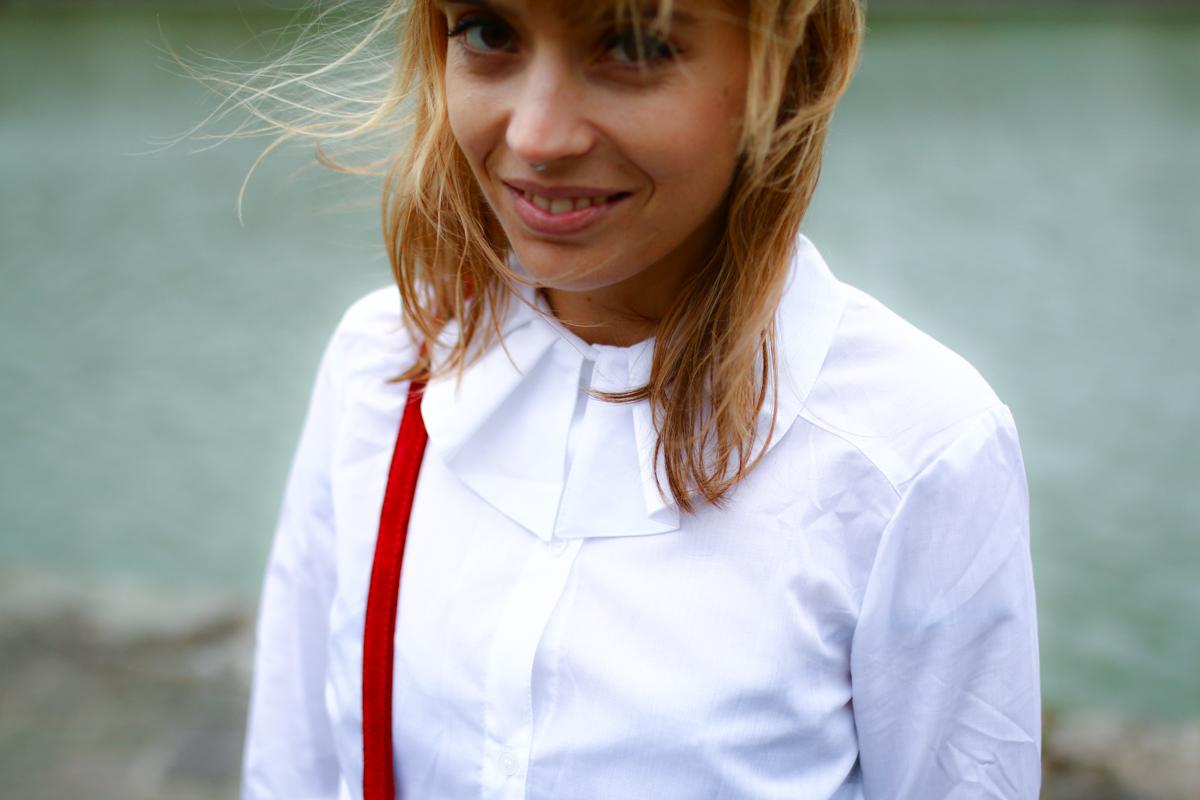 Look Seventies jupe en jean et chemise blanche I Sp4nkblog-24