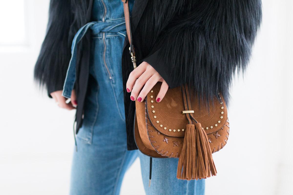 Combinaison en jean et manteau fausse fourrure I Sp4nkblog-8