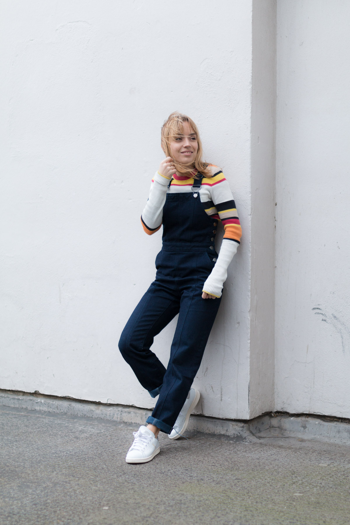 Salopette en jean pull raye et stan smith I Sp4nkblog-9