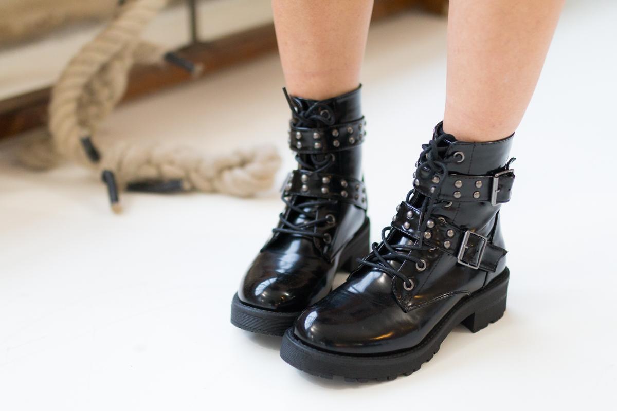 Tendance militaire jupe sequin et pull oversize kaki I Sp4nkblog-4