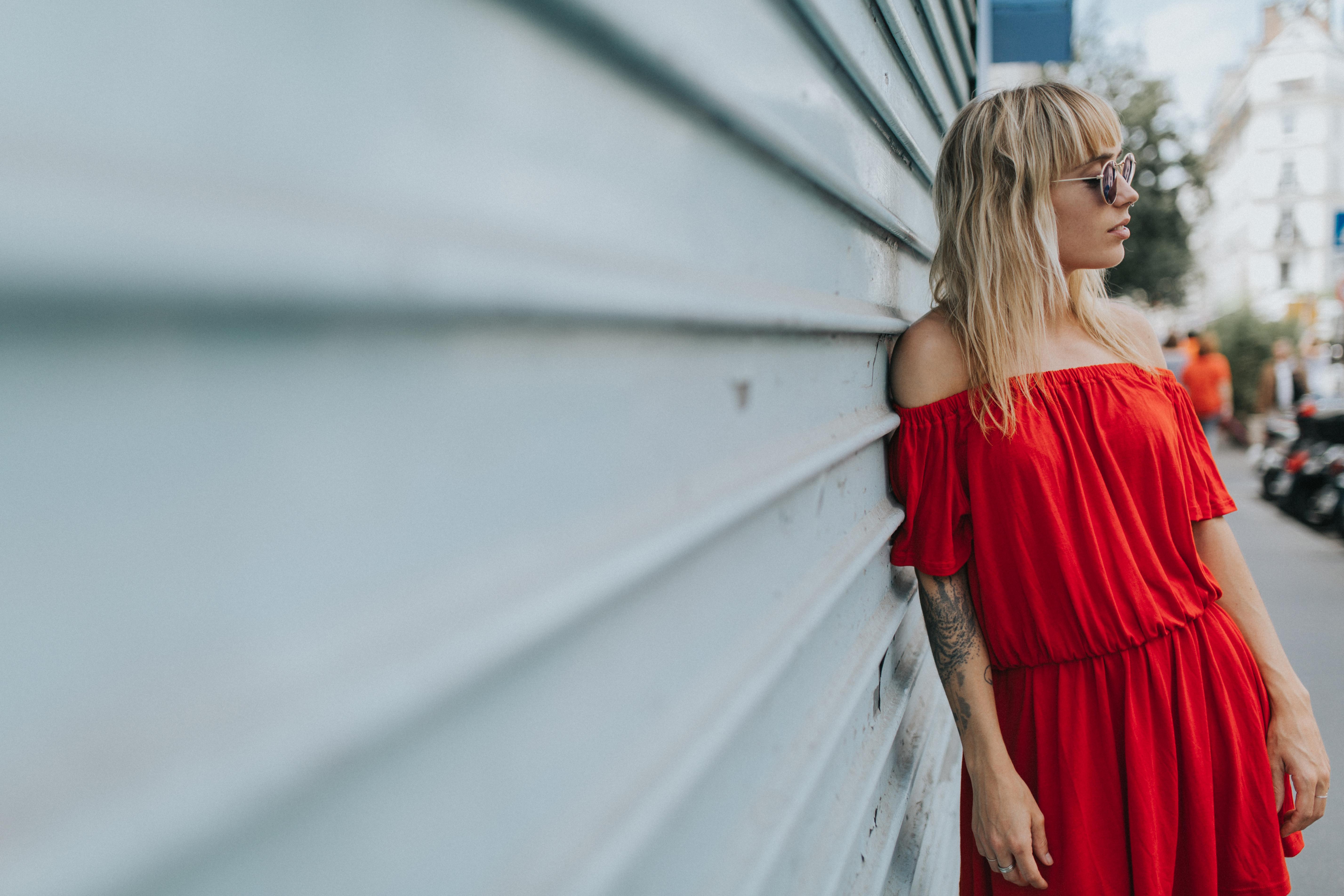Robe rouge à épaules dénudées I Sp4nkblog par lyloutte 4