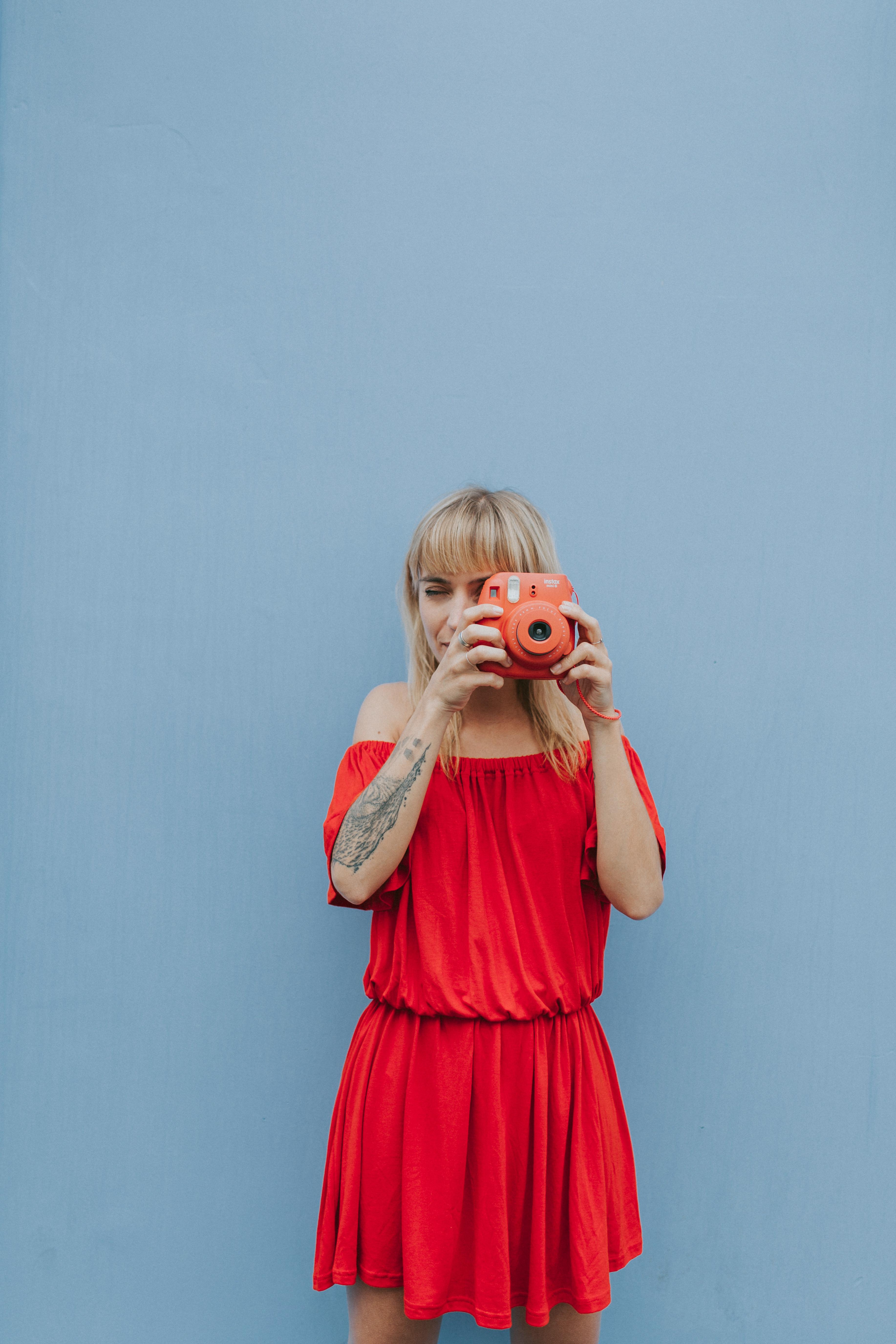 Robe rouge à épaules dénudées I Sp4nkblog par lyloutte 2