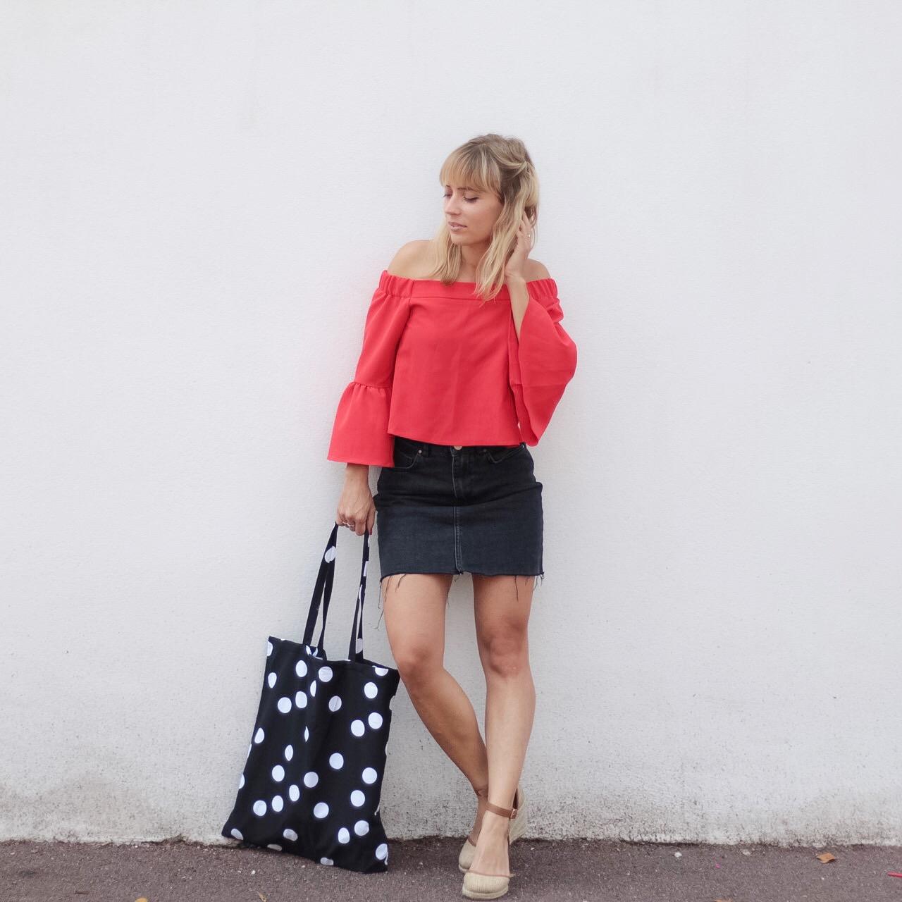 top-rouge-manches-evasees-jupe-en-jean-espadrilles-et-sac-a-poisi-sp4nkblog
