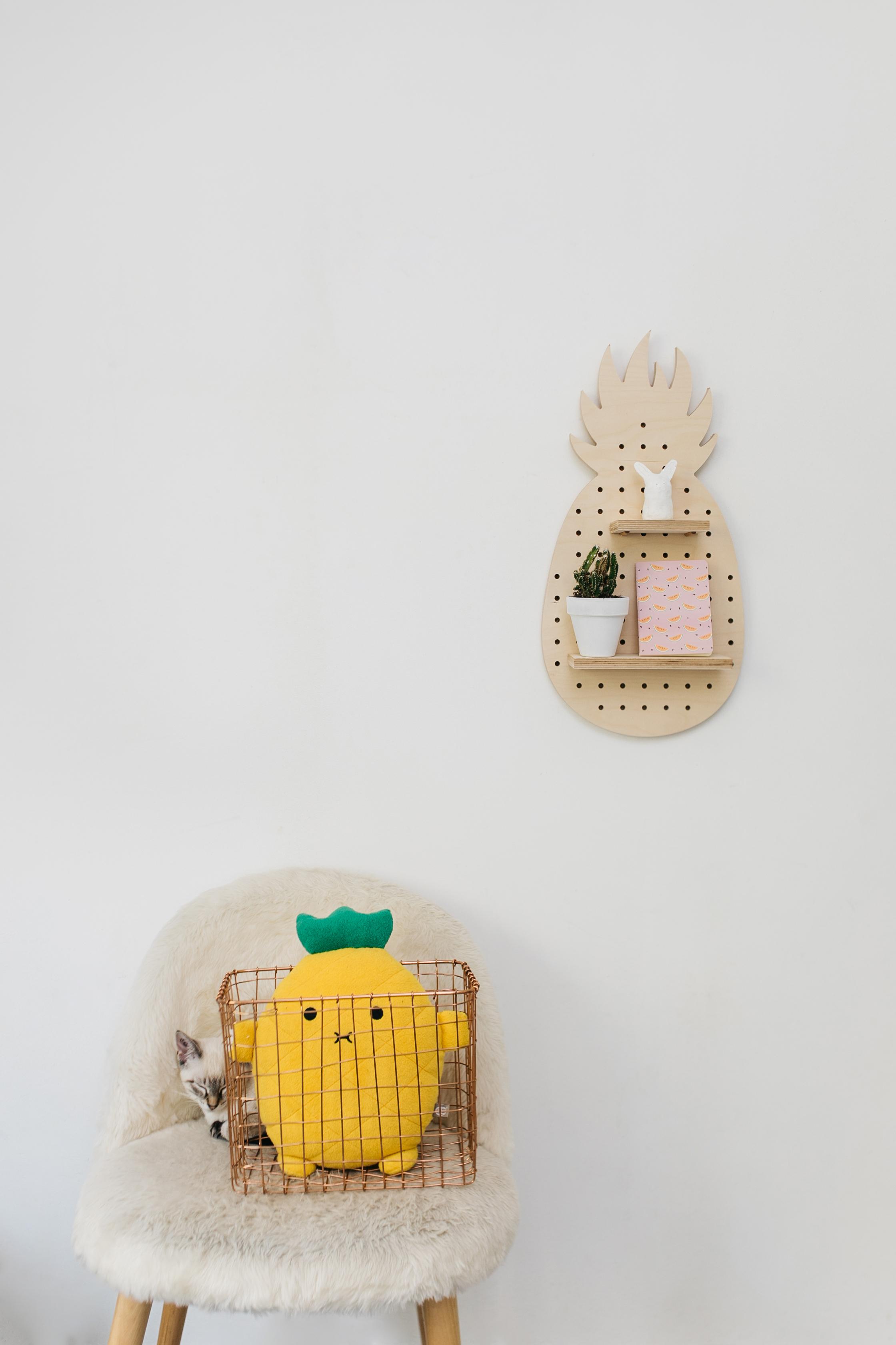 little-anana-pegboard-birchwood-panneau-perfore-bouleau-ananas