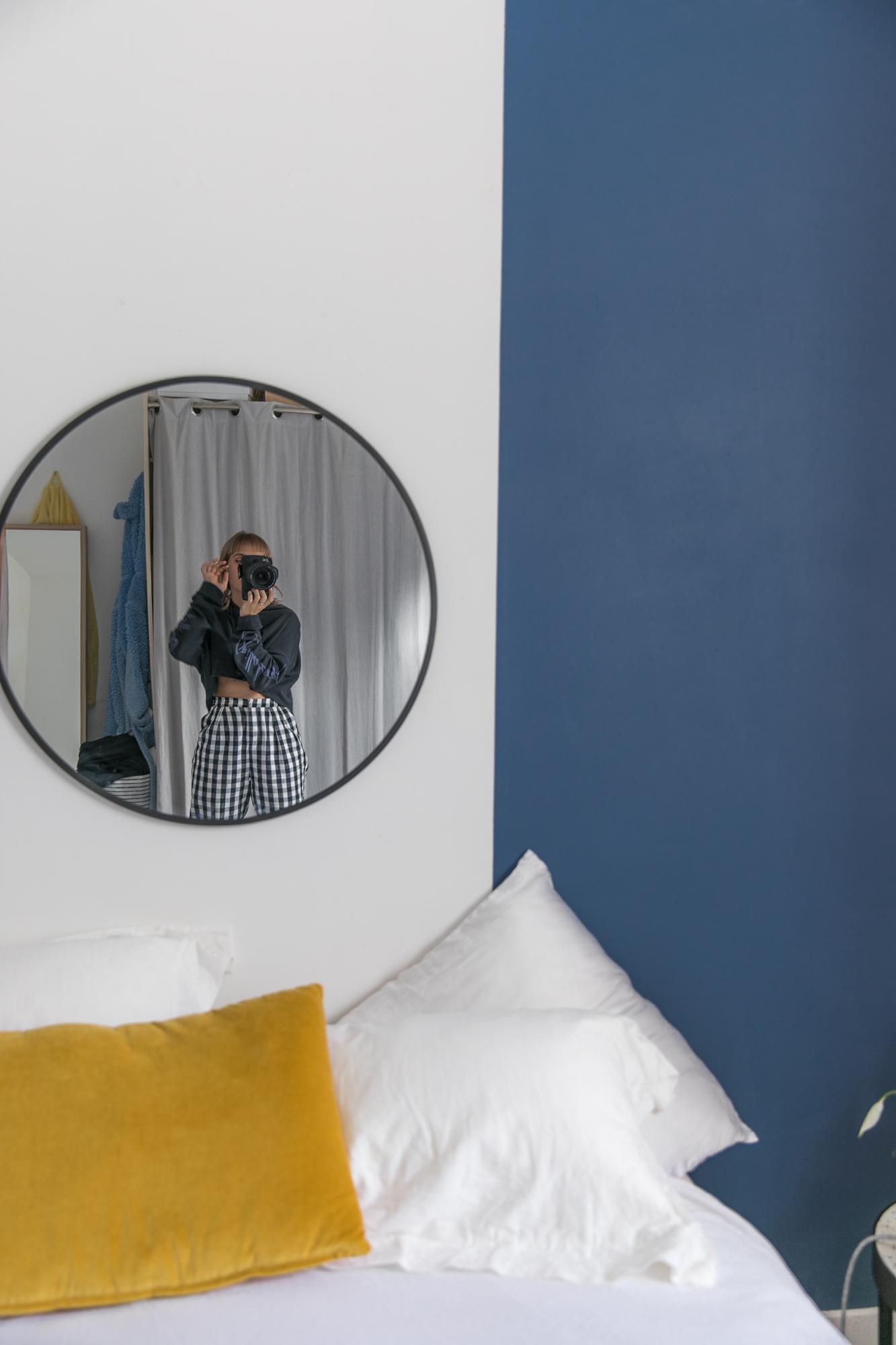Un mur bleu et rose dans ma chambre • Sp4nk blog