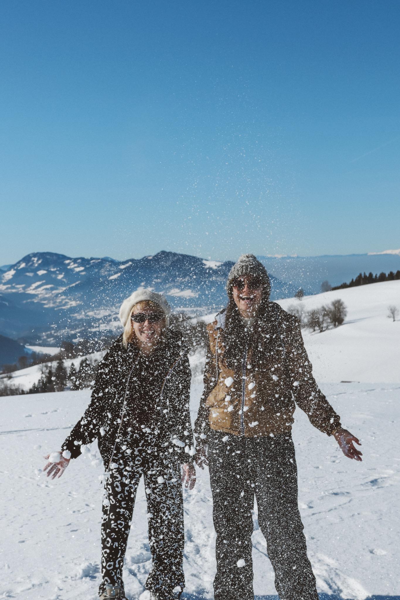 bataille de neige avec morguix