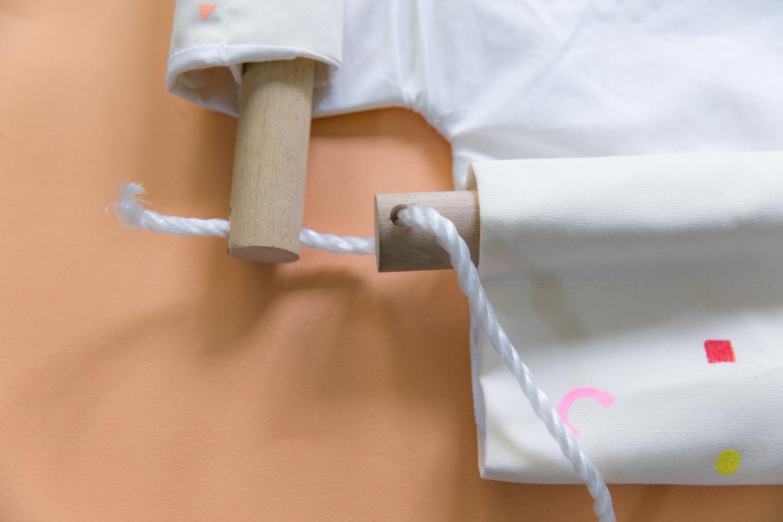 fabriquer une balancoire en tissu pour son bebe diy-16