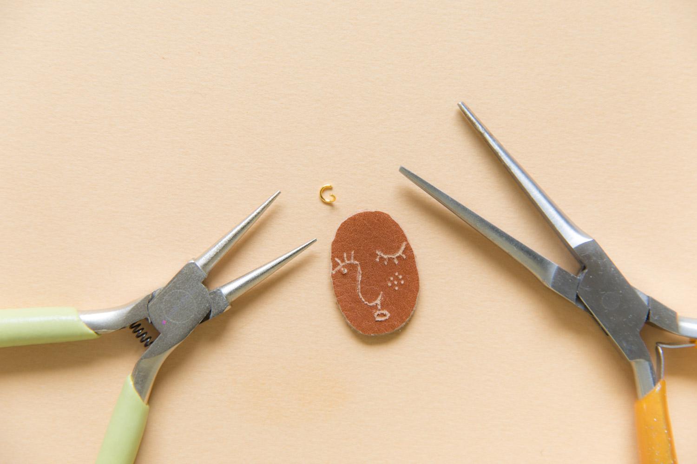 DIY bijou en cuir grave avec dremel-12