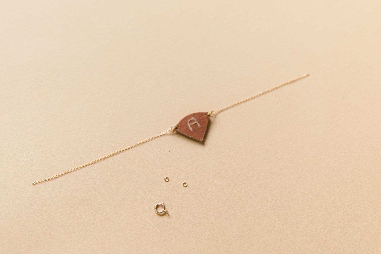 DIY bijou en cuir grave avec dremel-24