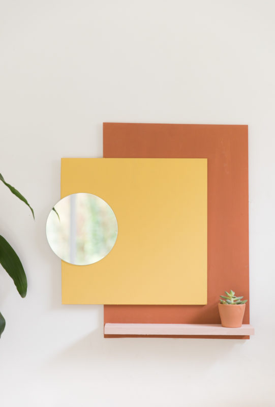 DIY Support mural coloré avec miroir